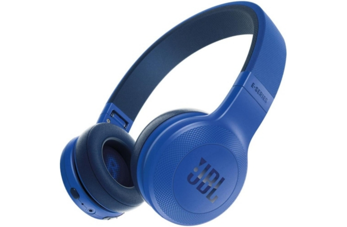 casque audio bluetooth jbl e45bt bleu. Black Bedroom Furniture Sets. Home Design Ideas