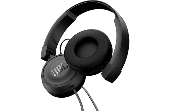 casque audio jbl t450 noir. Black Bedroom Furniture Sets. Home Design Ideas