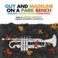 Guy et Madeline on a park bench (bof)