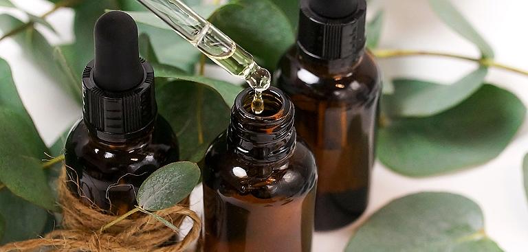 les 5 huiles essentielles à avoir chez soi