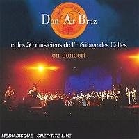 dan-ar-braz-et-les-50-musiciens-de-lheritage-des-celtes-en-concert