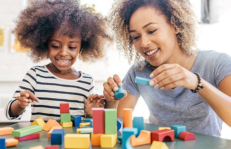 Lego, Meccano, Kapla... Découvrez nos jeux de construction phares et nos conseils pour savoir comment choisir ces jeux qui ont fait notre enfance.