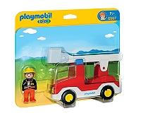 camion-de-pompier-avec-echelle-pivotante