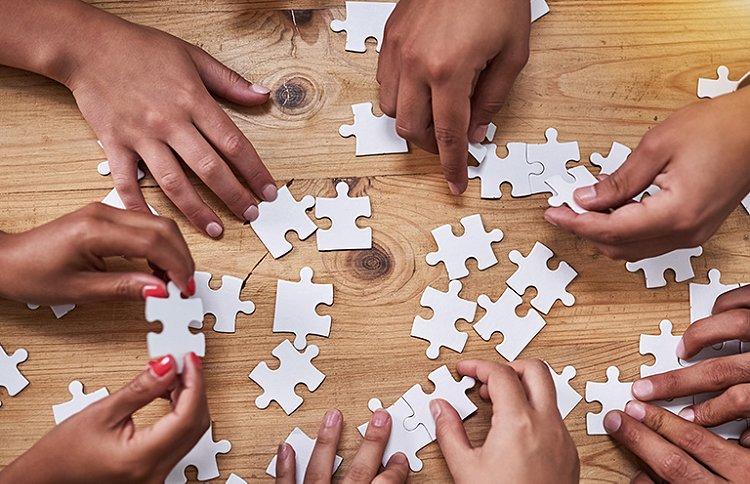 2D ou 3D, en cubes ou à encastrer, Harry Potter ou Disney... Quel puzzle offrir ? Faites le cadeau parfait en découvrant comment choisir son puzzle.
